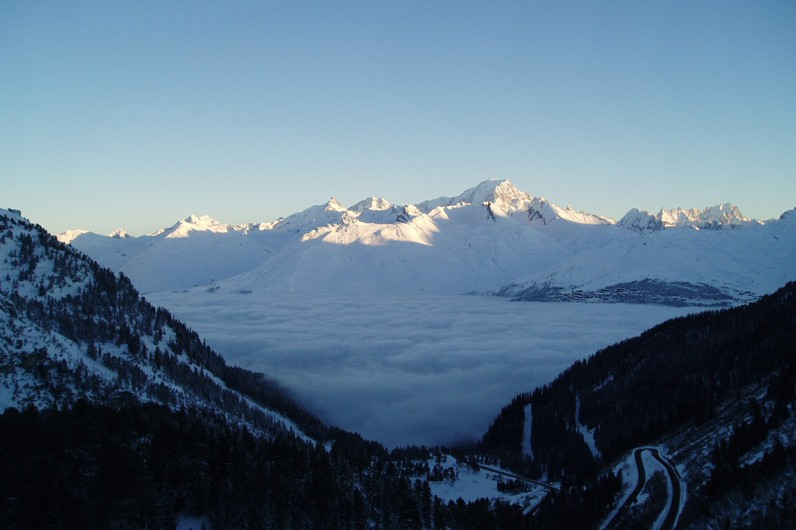A bed of cloud sits low in the valley in Les Arcs