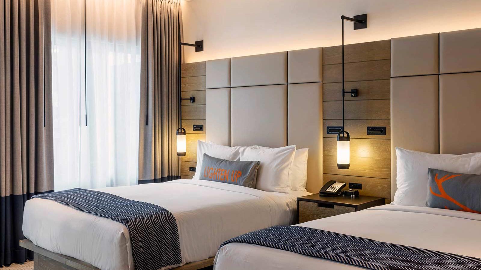 Limelight Snowmass Hotel, Aspen - Deluxe room