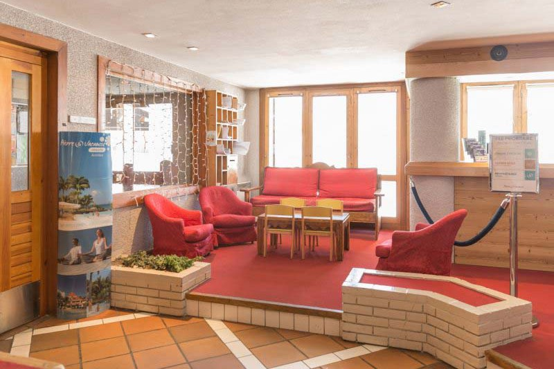 Lobby, Residence Les Constellations - Self-Catered Ski Apartments in La Plagne, France