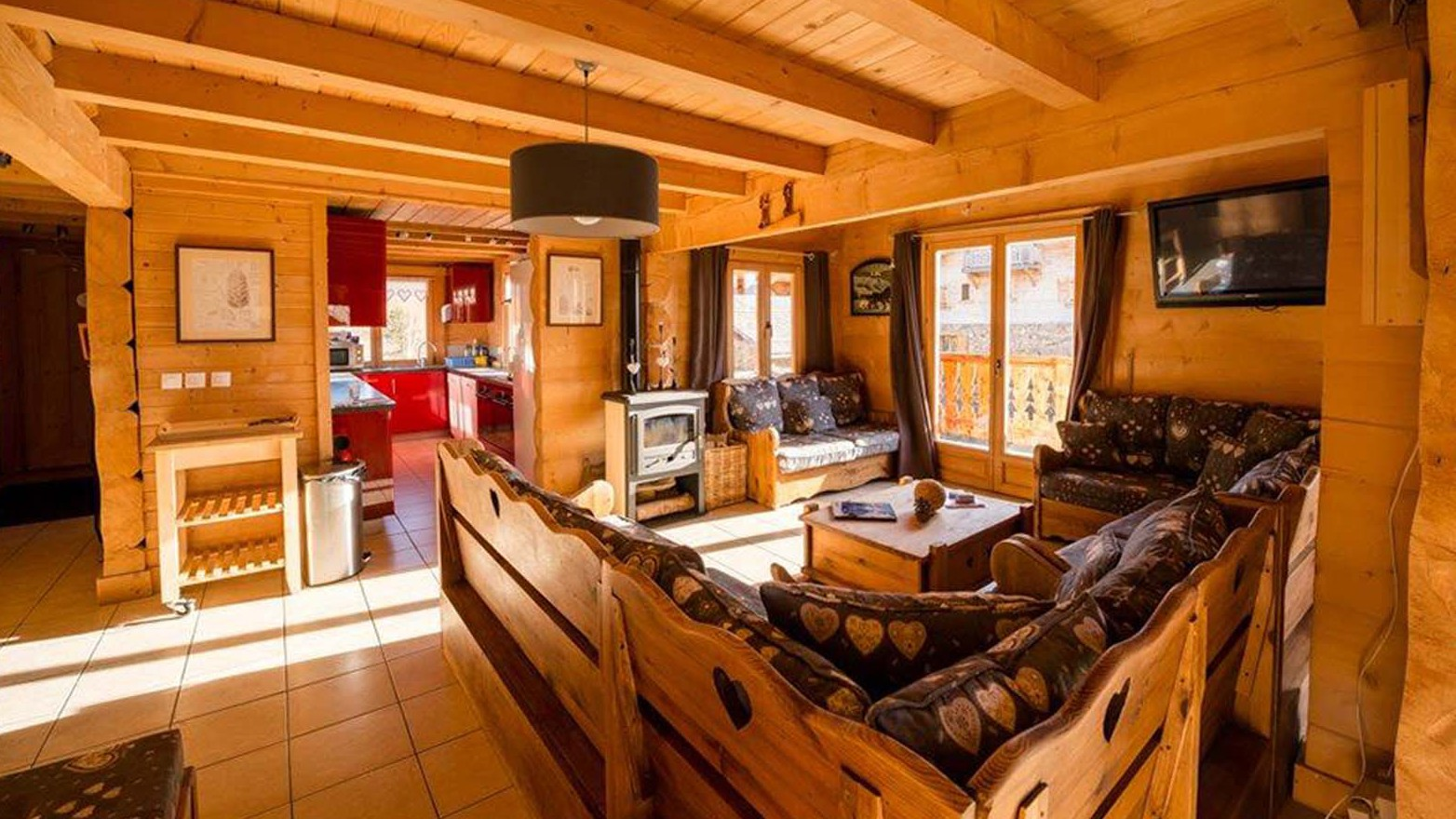 Living Area - Chalet Louisa - Ski Chalet in Alpe d'Huez, France