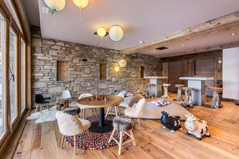 Lounge, Residence Chalet Skadi - Ski Apartments in Val d'Isere, France