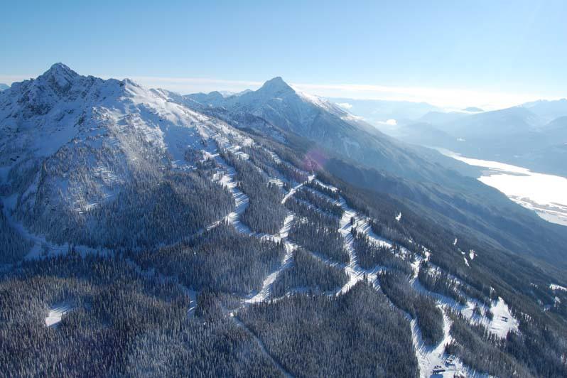 panorama heli ski with Revelstoke on Heli Sollen Zaehne Erhalten art9641 264592 additionally Revelstoke together with Sunshine also Panorama further Teton Mountain Lodge Spa.
