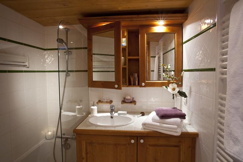 Residence L'Ecrin des Neiges bathroom, Tignes