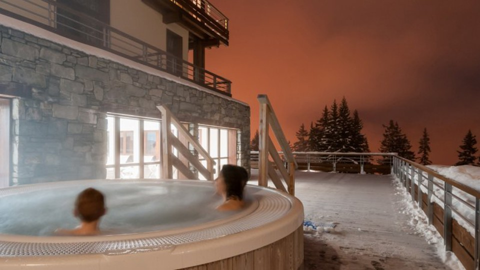 Outdoor Hot Tub, Residence Les Terrasses d'Helios