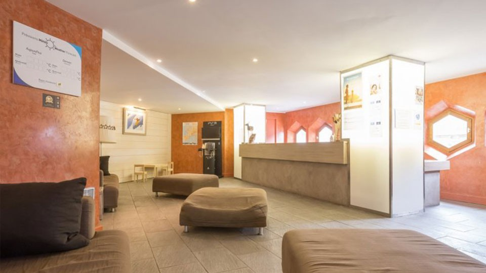 Reception Lounge, Residence Le Tikal, Val Thorens, France