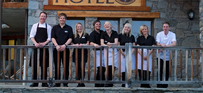 Team, Aigle Ski Lodge
