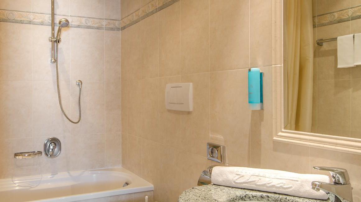 Residence Vila - Corvara and Colfosco - Apartment Southside - Bathroom