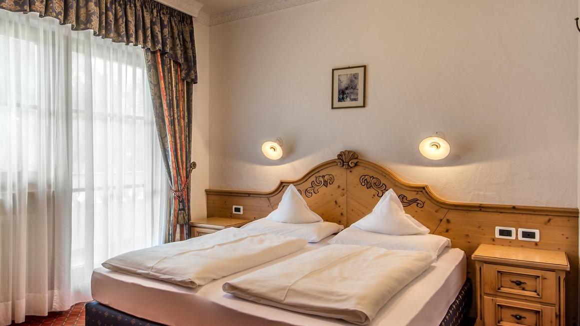 Residence Vila - Corvara and Colfosco - Apartment Southside - Bedroom