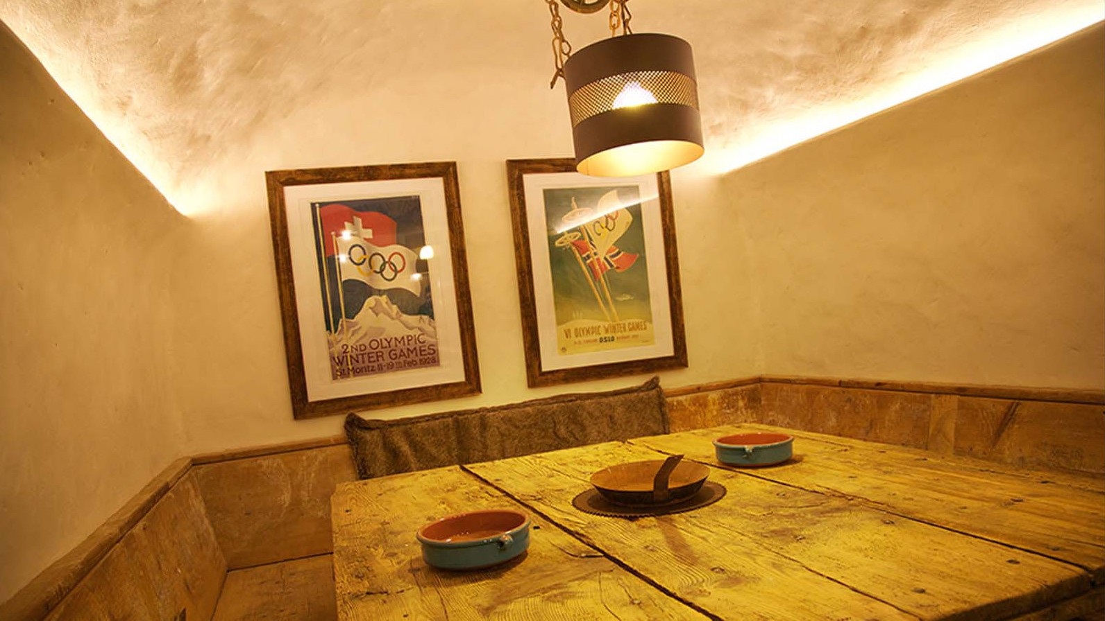 Dining Table, Chalet Samuel, Courchevel, France