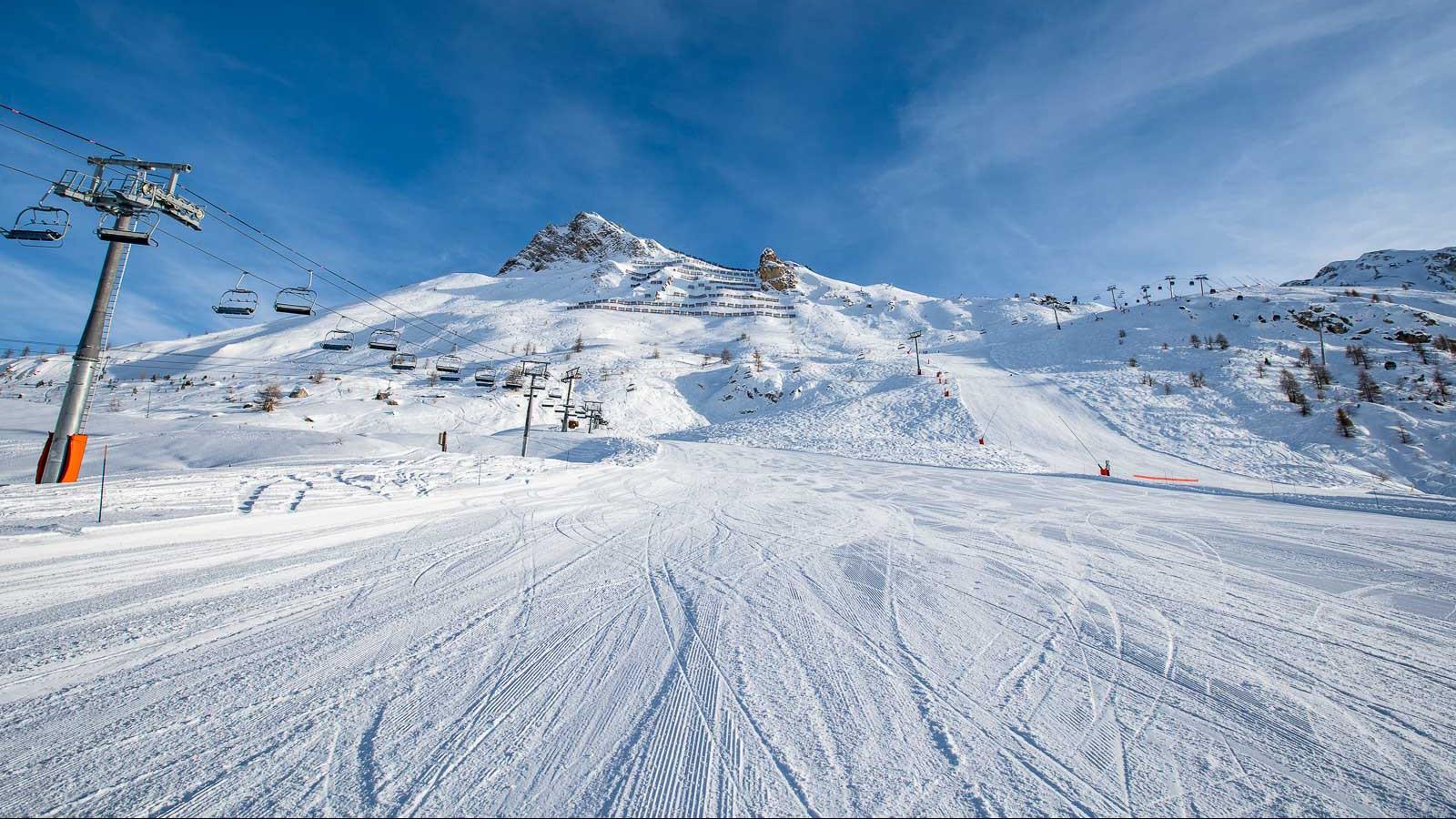 Tignes Ski Holidays | Tignes Ski Resort | Skiworld
