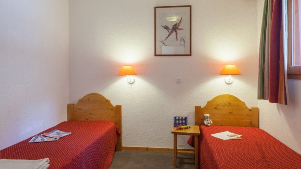 Twin Room, Residence Les Valmonts, Les Menuires, France