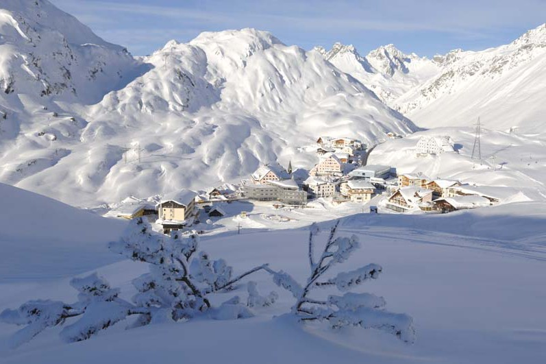 View of town, St Anton am Arlberg, Austrian