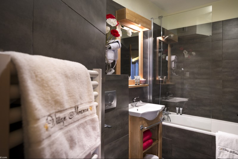 Bathroom in Village Montana - Self-catered ski apartment - Val Thorens, France