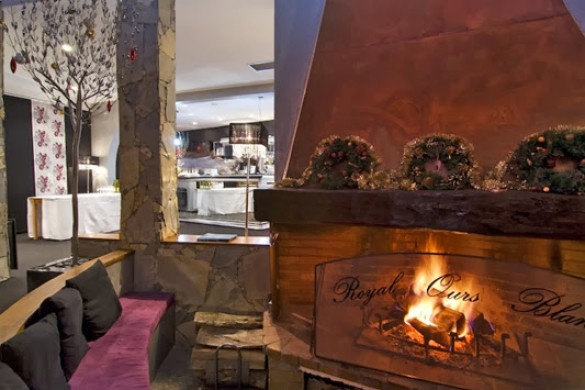 Hotel Royal Ours Blanc, fireplace, Alpe d'Huez