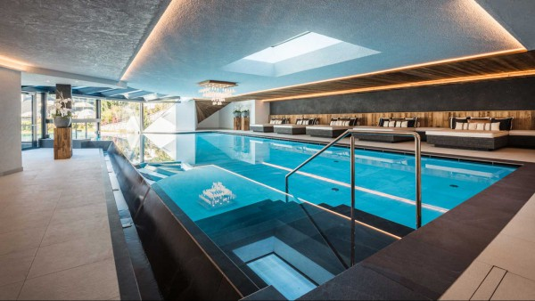 Alpenhotel Plaza - Pool - Interior