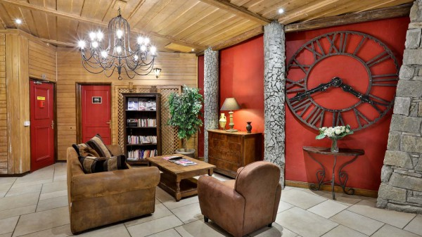 Lounge in Complex Lobby, Chalet Aries, Val Thorens, France