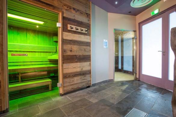 Chalet Peche, Val Thorens, France, Sauna in Complex