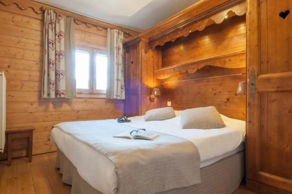 Bedroom in Les Fermes de Meribel - ski chalet in Meribel, France