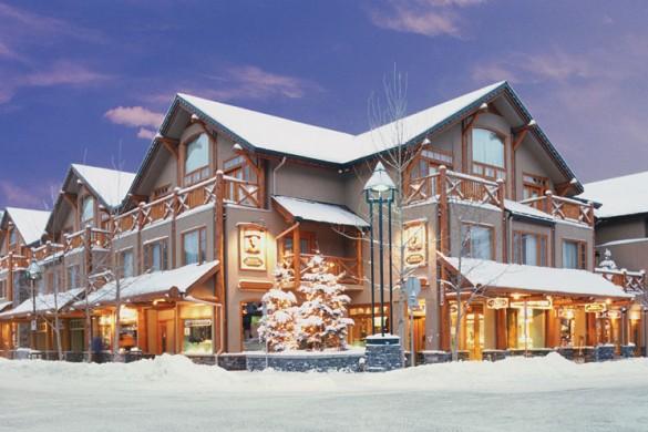 Brewster's Mountain Lodge, ext, Banff & Lake Louise
