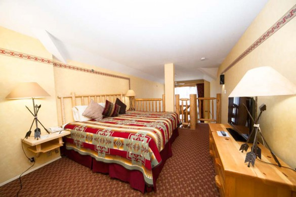 Brewster's Mountain Lodge, Banff, Canada, Loft Bed