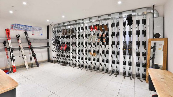 Shared Boot Room, Chalet Carmen, Tignes, France