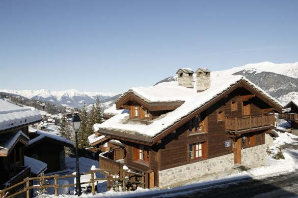Exterior of Chalet Ecureuil de Neige - Ski Chalet In Courchevel, France