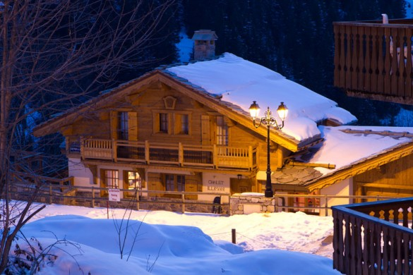 Chalet Estrella ext night, Courchevel