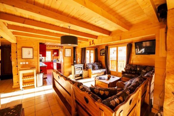 Living Area - Chalet Louisa - Ski Chalet in Alpe d'Huez, France