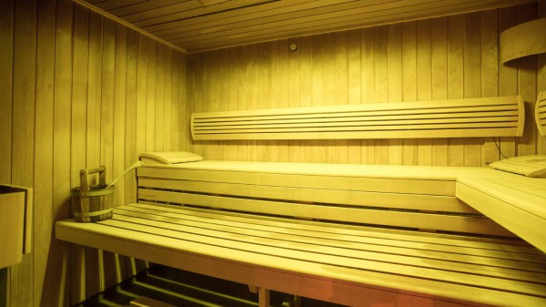 Chalet Carambole, Val Thorens, France, Sauna in Complex