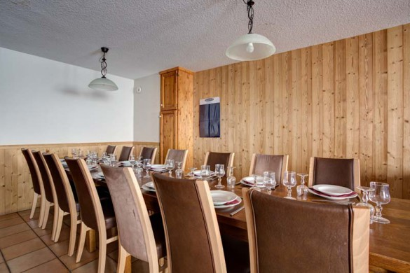 Chalet Cerise, Val Thorens, France, Dining Table