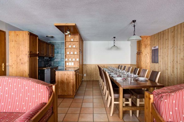 Chalet Cerise, Val Thorens, France, Living and Dining Area