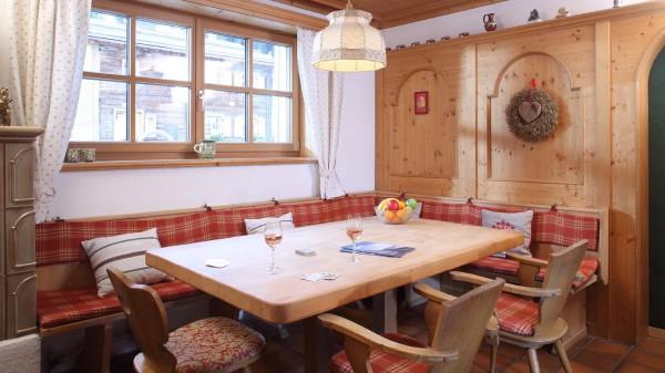 Chalet Furka, Ski Chalet in Lech, Living Area