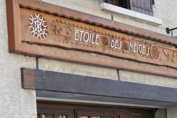 Chalet Grand Etoile Sign
