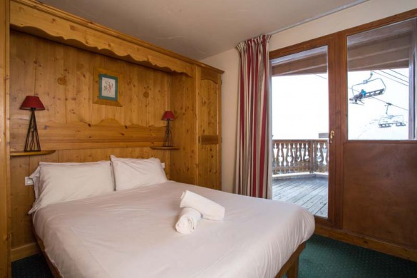 Chalet Libra, Val Thorens, France, Double Bedroom