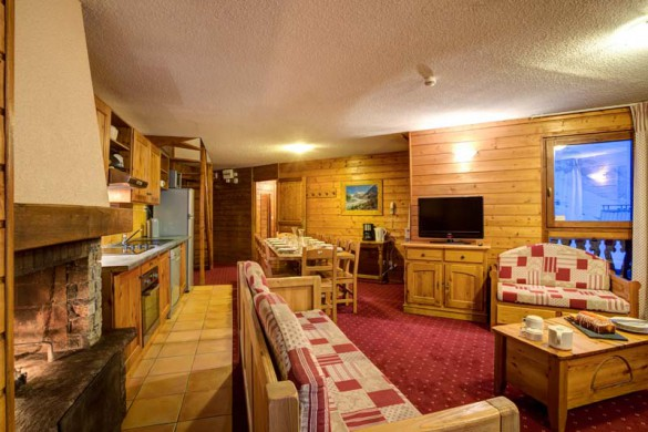 Chalet Renod, Val Thorens, France, Living and Dining Area