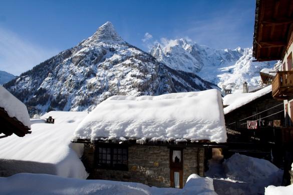 Courmayeur ski resort italy