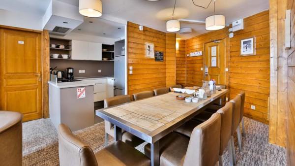 Dining Area, Chalet Capricorne, Val Thorens, France