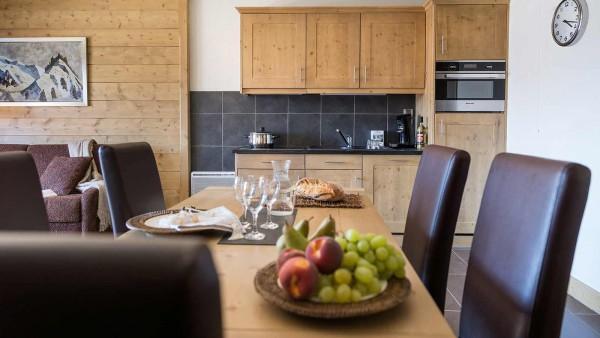 Dining Area, Le Lodge Hemera - Ski Apartments in La Rosiere, France