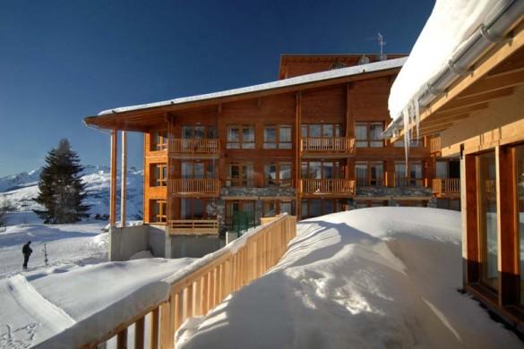 Edenarc apartments, snowy balcony, Les Arcs