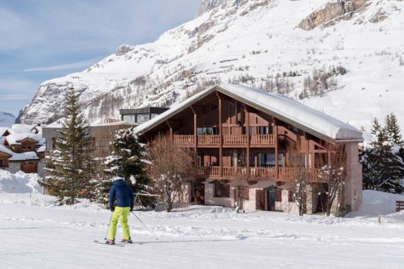 Exterior of Chalet Maison Rose - ski chalet in val d'Isere, France