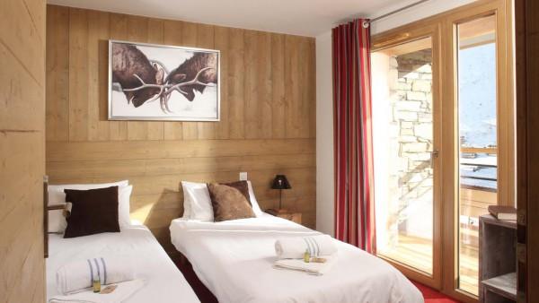 Twin Bedroom In Chalet Giorgio, Tignes, France