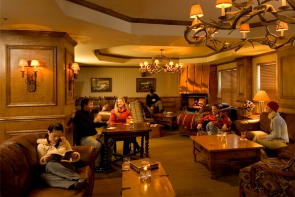 Hotel Condo River Mountain Lodge bar, Breckenridge