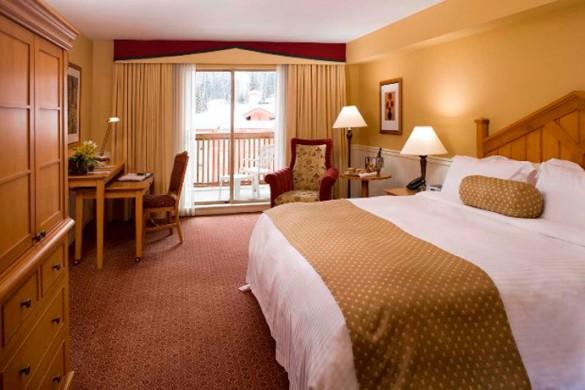 Hotel Delta Sun Peaks Resort, bed, Sun Peaks