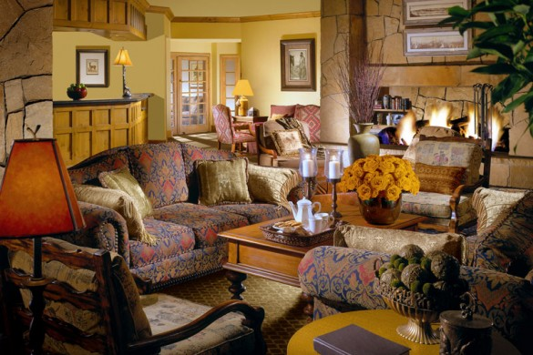 Hotel Great Divide Lodge lounge, Breckenridge