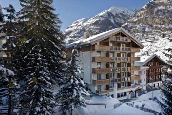 Hotel Holiday, snowy exterior, Zermatt, Switzerland