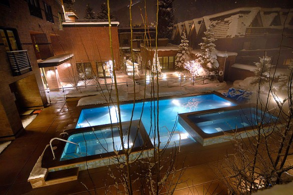 Hotel Limelight Lodge pool, Aspen