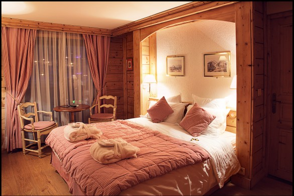 Hotel La Marmotte - Traditional bedroom