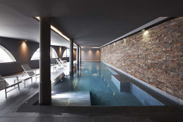 Hotel-Val-Thorens-swimming-pool