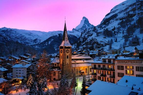 Hotel Zermatterhof, exterior, night