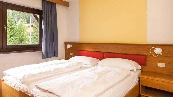 Hotel Alpin Haus, Selva Val Gardena - Essential Room